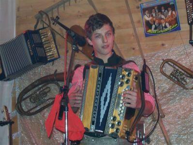 Andreas Gabalier 2011 Troadkostn002